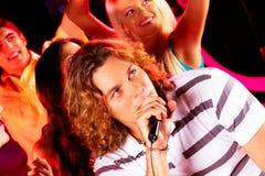 Het zingen lied Stock Foto