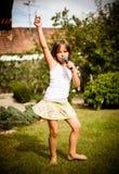 Het zingen is mijn vreugde Stock Foto's
