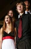 Het zingen van tienerjaren Stock Foto