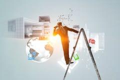 Het zoeken naar nieuwe bedrijfsoplossingen royalty-vrije illustratie