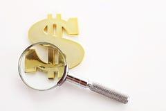 Het zoeken van geld Stock Fotografie