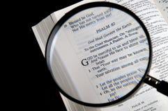 Het zoeken van God stock afbeelding