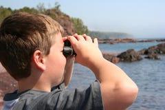 Het zoeken van tiener Stock Foto's