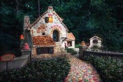 Het zoete huis van het sprookje Hansel en Gretel in de fee Royalty-vrije Stock Foto's