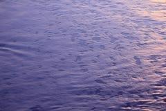 Het zon` s licht beïnvloedt de bellen van het water Royalty-vrije Stock Foto