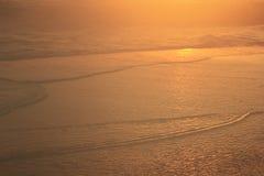 Het zon` s licht beïnvloedt de bellen van het water Royalty-vrije Stock Afbeeldingen
