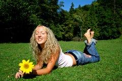 Het zonnebaden schoonheid Stock Foto