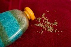 Het zout van bankwithsea van verschillende kleuren royalty-vrije stock fotografie