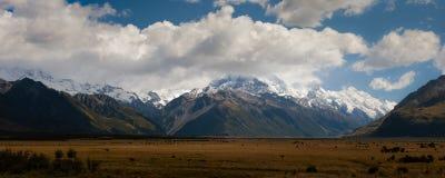 Het zuidelijke panorama van Alpen stock fotografie