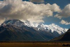 Het zuidelijke panorama van Alpen stock afbeeldingen