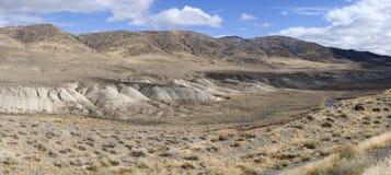 Het zwarte Panorama van de Berg en van de Rivier Truckee Stock Fotografie