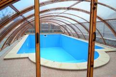 Het zwembad op de straat Royalty-vrije Stock Foto's
