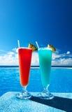 Het zwembad van cocktails dichtbij Stock Foto