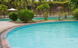 Het zwembad van de het hoteltoevlucht van het strand Royalty-vrije Stock Afbeelding