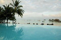 Het Zwembad van de Maldiven Stock Afbeeldingen