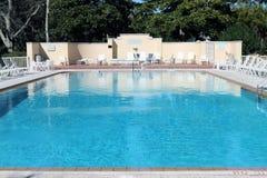 Het Zwembad van de toevlucht Royalty-vrije Stock Afbeeldingen