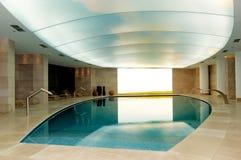 Het zwembad van het kuuroord bij het luxehotel Royalty-vrije Stock Afbeelding