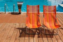 Het zwembad van het luxehotel voor het overzees Stock Afbeelding