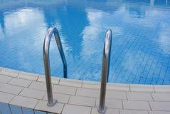 Het zwembad van Nice Royalty-vrije Stock Foto's