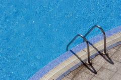 Het zwembad van stappen Stock Foto