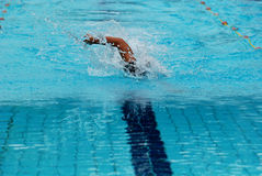 Het zwemmen de concurrentie royalty-vrije stock fotografie