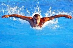 Het zwemmen van de macht Royalty-vrije Stock Foto's