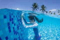 Het zwemmen van de studie Stock Foto