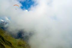 Het Zwitserse glijscherm van Alpen Stock Afbeelding