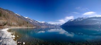 Het Zwitserse Meer van de Berg stock fotografie