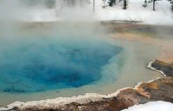 Hete de lente thermische pool in het hogere Nationale Park van Yellowstone van het geiserbassin in Wyoming de V.S. Royalty-vrije Stock Fotografie
