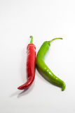 Hete die Spaanse peperpeper, op wit wordt geïsoleerd stock foto's