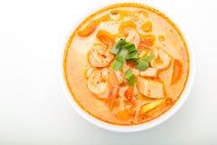 Hete en zure soep en garnalen in gecondenseerd water royalty-vrije stock afbeelding