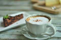 Hete koffie en cake Royalty-vrije Stock Foto