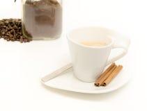 Hete koffie op wit Stock Fotografie