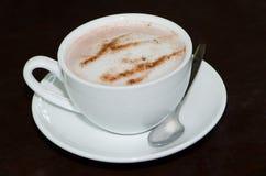 Hete kop de koffie wordt klaar Stock Afbeeldingen