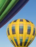 Hete Lucht Ballooning over Noordelijk Californië royalty-vrije stock afbeelding