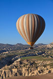 Hete luchtballon in Cappadocia, Turkije Royalty-vrije Stock Afbeeldingen