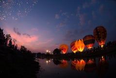 Hete luchtballon in Internationaal de Ballonfestival 2009 van Thailand Stock Foto