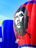 Hete luchtballon met Ernesto Che Guevara Stock Afbeelding
