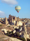 Hete luchtballon over Cappadocia, Turkije Stock Afbeelding