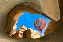 Hete luchtballons in Cappadocia, Turkije stock afbeeldingen