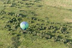 Hete luchtballons in de hemel royalty-vrije stock foto's