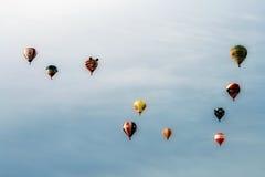 Hete luchtballons tijdens de vlucht Stock Foto