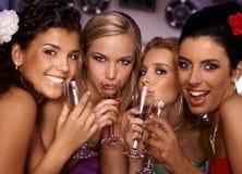 Hete meisjes die partij hebben Stock Foto's