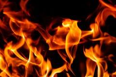 Hete rode vlammen Royalty-vrije Stock Afbeeldingen