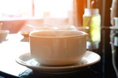 Hete soep in een boog Stock Foto's