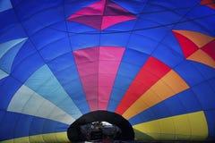 Hetelucht ballon van binnenuit Stock Foto's