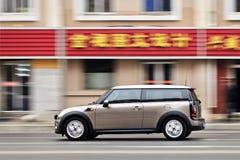 Hetzen Mini auf der Straße, Dalian, China stockfotos
