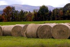 Heu-Ballen in Vermont lizenzfreie stockbilder