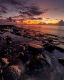 Heure bleue au port Makassar d'Untia Photographie stock libre de droits
